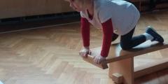 Oranžová třída v tělocvičně